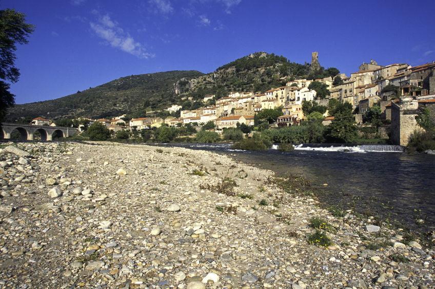 Roquebrun et le fleuve Orb