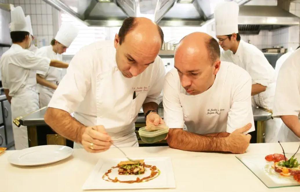 Read more about the article Gastronomie : un Gault & Millau d'Or pour les frères Pourcel !