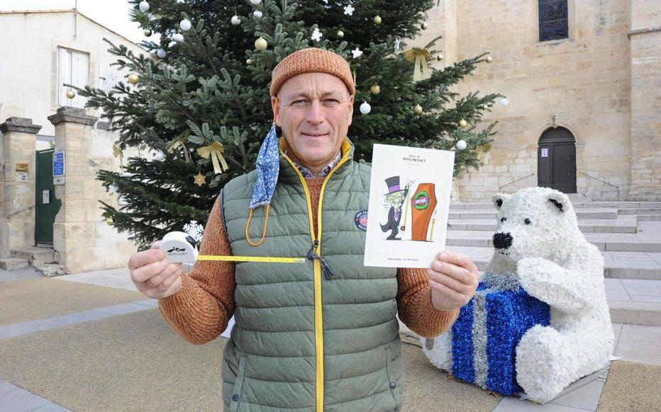 Insolite : le maire de Baillargues offre un mètre avec sa carte de vœux.